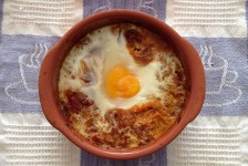 Chilli Con Carne Baked Eggs