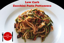 Low Carb Zucchini Pasta Puttanesca